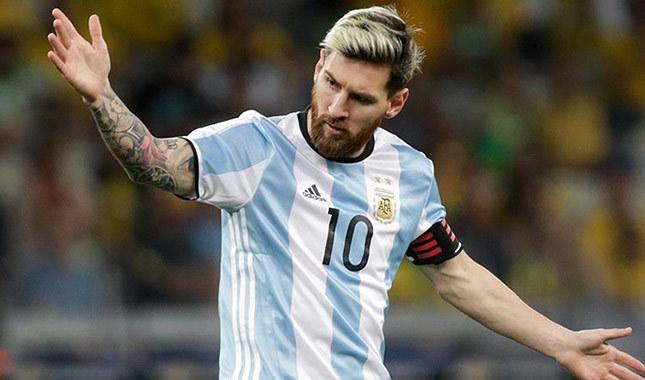 Messi milli takıma vedaya hazırlanıyor