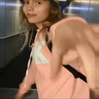 Aleyna Tilki'den havaalanında dans!