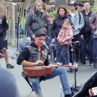 Gitar sanatçısının performansı büyük ilgi gördü