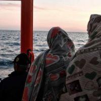 629 sığınmacı Akdeniz'in ortasında kaldı