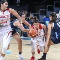 A Milli Kadın Basketbol Takımı, Arjantin'i 63-37 yendi