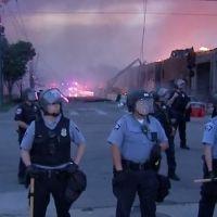 ABD'de polis dehşeti sonrası olaylar büyüyor