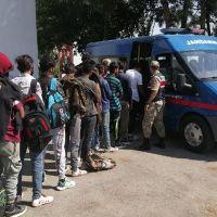 Adıyaman'da onlarca kaçak göçmen yakalandı