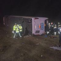 Aksaray'da otobüs devrildi! Ölü ve yaralılar var!