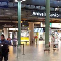 Amsterdam Havalimanı'nda bıçaklı saldırı