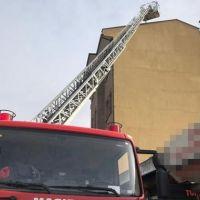 Ankara'da 5 katlı binada yangın çıktı