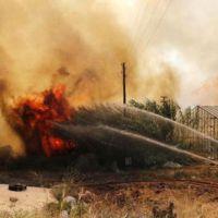 Antalya'da dev orman yangını! Yerleşim yerleri zarar gördü