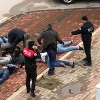 Antalya'da düzenlenen uyuşturucu operasyonunda 5 kişi göz altına alındı