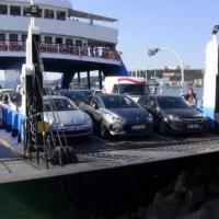 Arabalı vapur, kayalıklara çarptı -Çanakkale Haberleri