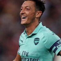Arsenal, PSG'yi farklı geçti