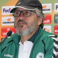 Atiker Konyaspor, Mustafa Reşit Akçay'la yollarını ayırdı
