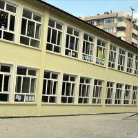 Avcılar'da iki okulda eğitime ara