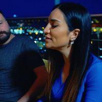 Aysel Yakupoğlu yanmadın mı mp3 indir | yanmadın mı taş olsan şarkı sözleri | Aysel Yakupoğlu kimdir | Yanmadın mı indir
