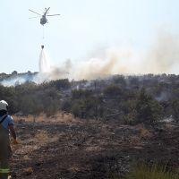 Balıkesir'de makilik alanda korkutan yangın