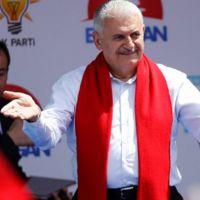 Başbakan Yıldırım'dan muhalefet 'hizmet' eleştirisi
