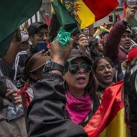 Bolivya'da şiddet durmuyor! Yaralılar var