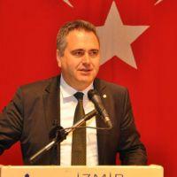 CHP'li Aydın Özcan, İzmir'de sağın oylarına da talip