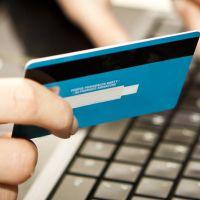 E-ticaret'te en çok seyahate para harcandı