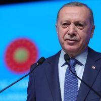 Erdoğan: Şovmenlerin maskesi bir senede düştü