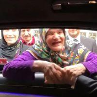 Erdoğan ve yaşlı kadın arasında güldüren sohbet