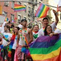 Eşcinsel ne demek   Nasıl anlaşılır   heteroseksüel ve eşcinsel farkı nedir   Bu bir hastalık mıdır?   tedavisi var mı?