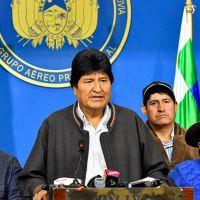Evo Morales Meksika'ya iltica ediyor