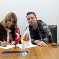 Futbola kadın eli değdi! Süper Lig'de bir ilk