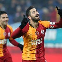 Galatasaray Rize'de avantajı kaptı