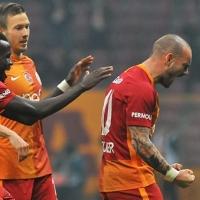 Galatasaray derbide Sneijder'e güveniyor