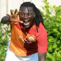 Galatasaray'ın yeni transferi Bafetimbi Gomis kimdir kaç yaşında aslen nereli?