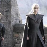 Game of Thrones'un yeni kitabı raflardaki yerini alıyor