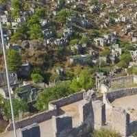 'Hayalet Köy' görüntüsüyle büyülüyor