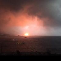 Haydarpaşa'da vinç devrilmesi sonucu yangın çıktı