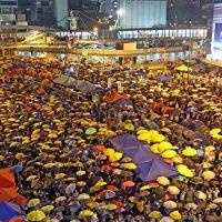 Hong Kong'da zafer şemsiyelilerin