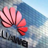 Huawei'den iki çalışana iPhone cezası...