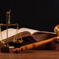 İdari yargı sınavı için 4 yıllık lisans diploması yetiyor