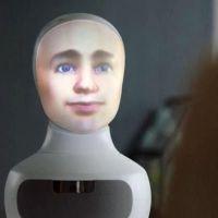 İş görüşmeleri yapay zekalı robota emanet
