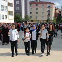 Yarın hangi okullar tatil | İstanbul hangi okullar tatil | Pazartesi tatil edilen okullar | yarın okullar tatil mi?