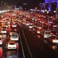 İstanbul trafiğinde ara tatil yoğunluğu
