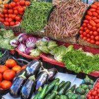İstanbul'da domates ucuzladı, yeşil soğan fırladı