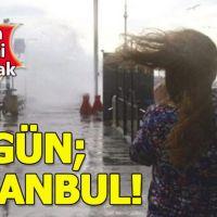 İstanbul'da şiddetli fırtına vatandaşlara zor anlar yaşatıyor