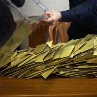 İstanbul'daki seçim hakimlerine soruşturma