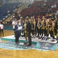 İstanbulspor Beylikdüzü gümüş madalya kazandı
