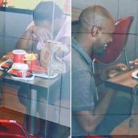 KFC'de evlilik teklif etti, sosyal medyadan hediye yağdı