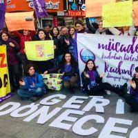 """Kadınlardan """"8 Mart ücretli izin sayılsın"""" çağrısı"""