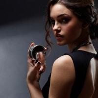 Kalıcı koku için parfüm nereye sıkılmalı?