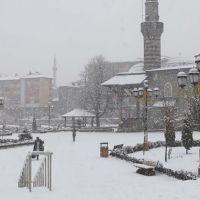Kars'ta okullar tatil mi 17 aralık pazartesi okul var mı yok mu?