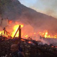 Kastamonu'da yangın faciası! Evler kül oldu