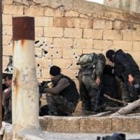 Mardin askerlik şubesi önü karıştı!