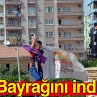 Mardin'de yapılan eylemde gönderdeki Türk Bayrağı indirildi!